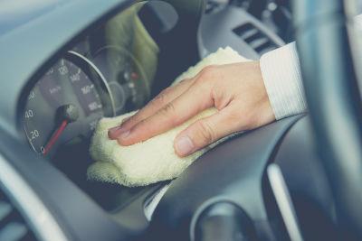 Lavagem e aspiração de automóveis